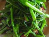 Stir fry water spinach with garlic sauce - Rau Muong Xao Toi - Chef Tan