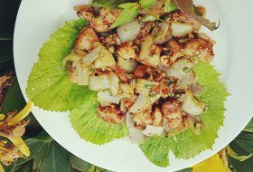 Shaking chicken with Rice wine